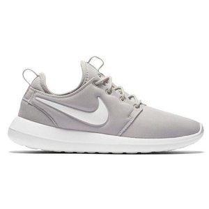 Nike Roshe Two Lace-Up Sneakers Wolf Gray 8.5